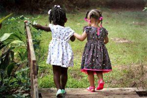 ויסות חושי והשלכותיו על מיומנויות חברתיות