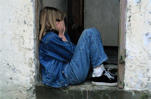 האם נידוי חברתי של ילדים משפיע על עתידם